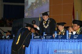 IPB mewisuda sebanyak 800 lulusan