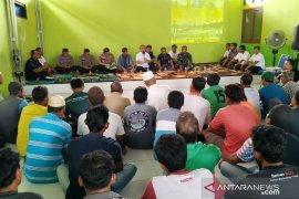Pemprov diminta warga tertibkan trawl di perairan Kumbung dan Tanjung Sangkar