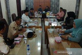 Dewan desak pihak terkait tutup cafe penyimpan miras di Takengon