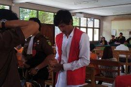 Buruh Aceh dituntut 17 tahun penjara karena bawa 495,37 gram sabu