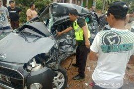 Satu orang tewas dalam kecelakaan lalu lintas di Jalan Raya Desa Serdang