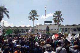 """Topi Bangsa"" aksi 1212 tolak radikalisme di Jember"