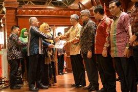 Pemerintah Aceh apresiasi pendonor ginjal untuk suami