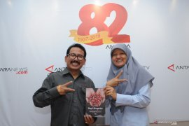 Peluncuran Buku Karkhas karya pewarta ANTARA biro Jatim