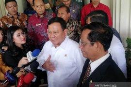 Menhan Prabowo bertemu Mahfud bahas alutsista