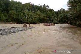 Pencarian anak hanyut di Sungai Lumut Aceh Tengah belum membuahkan hasil