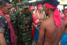 Pangdam I/BB pukul sapu  kehormatan prajurit di Maluku Tengah
