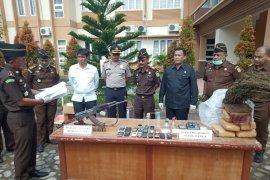 Senjata api AK-56 dan narkoba dimusnahkan di Aceh Utara
