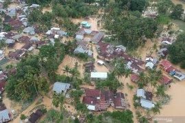 Posko bencana Solok Selatan kehabisan persediaan sembako