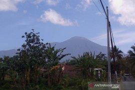 PVMBG: Aktivitas Gunung Slamet masih fluktuatif