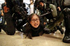 Massa Hong Kong rusuh jelang pertemuan Xi - Lam