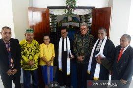 Bupati Malra hadiri pentahbisan Gereja Imanuel Ngefuit