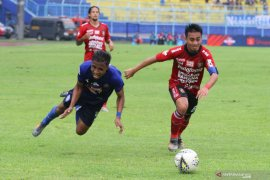 Arema kalahkan Bali United