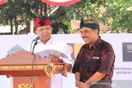 Gubernur ingin Pasar Sukawati jadi kekuatan ekonomi kerakyatan