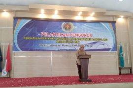 Bupati Irna ajak wartawan terus bersinergi untuk kemajuan pembangunan