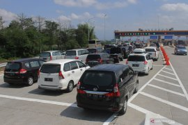 Tol Pandaan-Malang bakal dipadati 23.000 kendaraan saat libur akhir tahun