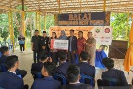 Mubadala Petroleum provides scholarships for Kotabaru Polytechnic students