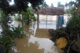 Curah hujan tinggi, air Sungai Wampu mulai masuk ke pemukiman warga