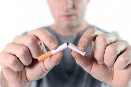 Jumlah perokok pria menurun