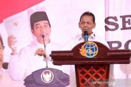 Bupati Tapsel apresiasi program Jokowi bagi-bagi sertifikat tanah