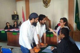 Bawa 2.756 gram sabu-sabu ke Bali, dua warga India disidang