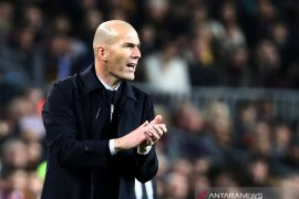 Deschamp yakin Zidane jadi pelatih timnas  Prancis