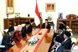 Presiden diskusi dengan Komisioner dan Dewas KPK