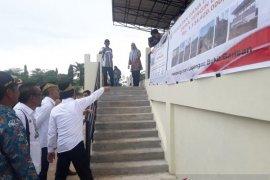 Mendes PDTT: lapangan sepak bola Bukit Barisan layak digunakan