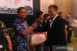 Bawaslu beri penghargaan para pihak di Kalbar