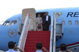 President departs for East Java to visit petrochemical plant