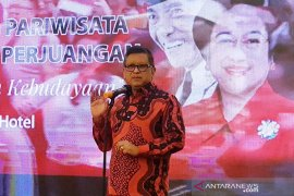 Hasto bicara Hari Ibu dengan kisah inspiratif Megawati Soekarnoputri