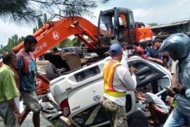 Kecelakaan beruntun Pasuruan akibatkan jalur gerbang tol Purwodadi padat