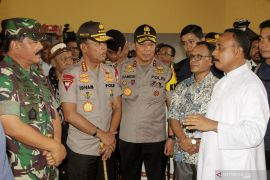 Panglima TNI-Kapolri janjikan perayaan Natal-Tahun Baru berjalan aman