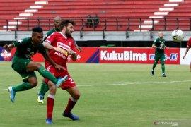 Persebaya menang atas Perseru Badak Lampung FC