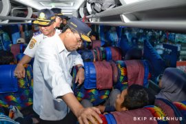Menhub : Pilih bus yang sudah diinspeksi keselamatan
