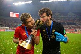 Alisson ingin ukir sejarah di  Liverpool