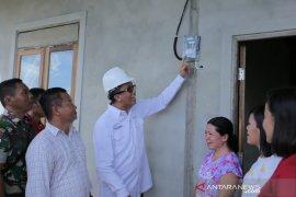 Warga Desa Keling Pangau kini lebih hemat sejak ada PLN