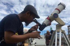 Kemenag Aceh sediakan 500 kacamata filter pengamatan gerhana matahari cincin