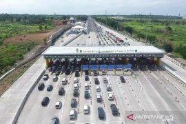 Jasa Marga: 268.514 kendaraan lintasi Gerbang Tol Cikampek Utama pada mudik Natal 2019
