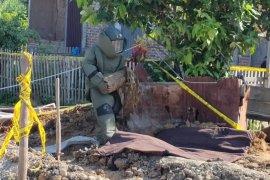Benda diduga bom gegerkan warga di Lhokseumawe