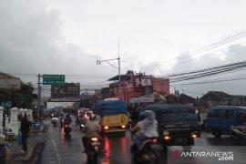 Polres Cianjur berlakukan satu arah menuju Bogor pada sore