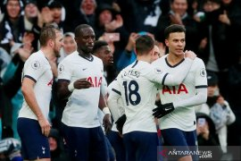 Berita dunia - Kane puji gol Alli yang menangkan Tottenham