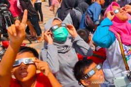 Jadi event pariwisata, penyambutan gerhana matahari di Singkawang