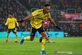 Liga Inggris, Aubameyang selamatkan Arsenal dari kekalahan dalam debut Arteta