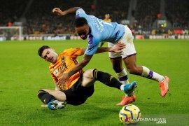Sempat unggul dua gol, 10 pemain Man City tersungkur di Wolverhampton