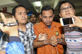Mahfud: Bagus tersangka teror Novel sudah ditahan, selanjutnya kita percayakan ke Pengadilan