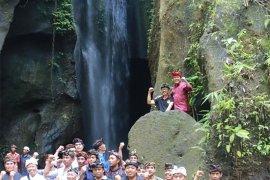"Pemkab Bangli kembangkan wisata air terjun ""Goa Raja Waterfall"""