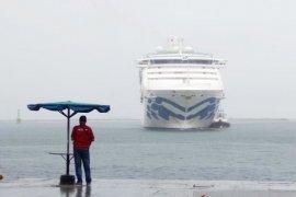 Sun Pincess  asal Australia kapal pesiar keempat sandar di Makassar