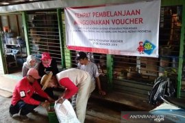 PMI salurkan bantuan untuk korban kebakaran di Pulau Sebuku