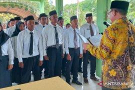 Bupati Kotabaru lmelantik 25 anggota BPD periode 2020-2025